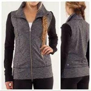 Lululemon Daily Yoga Jacket sz 12 Black
